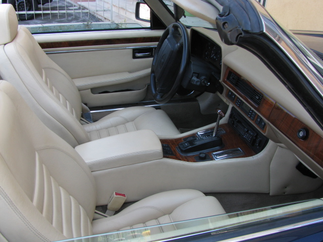 Jaguar XJSC