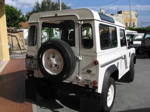 Land rover defender 300 TDI